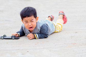 Birra de criança: Saiba como lidar com este comportamento
