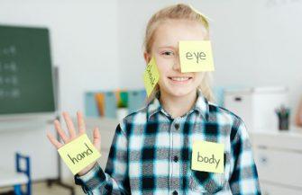 Qual a melhor idade para aprender um novo idioma? Descubra!