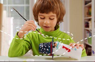 Três brinquedos para fazer com materiais recicláveis